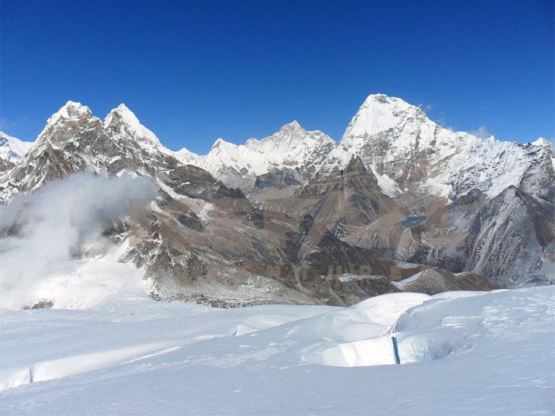 Mt.Chulu East Peak (6584m)