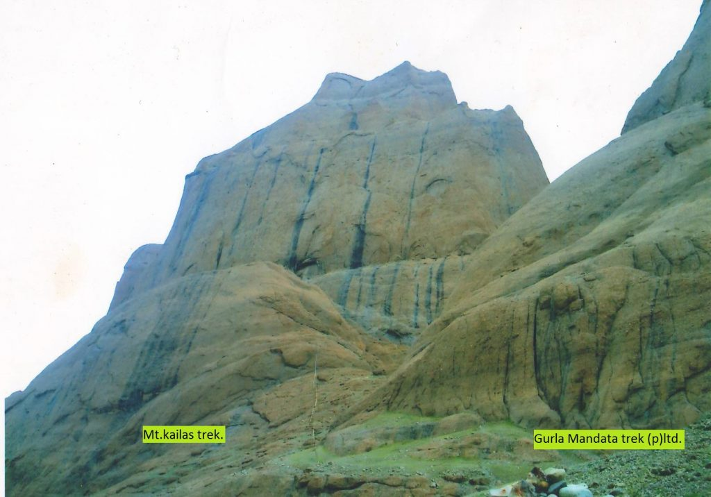 Kailash Parvat Tour with Everest Base camp 15 Day.