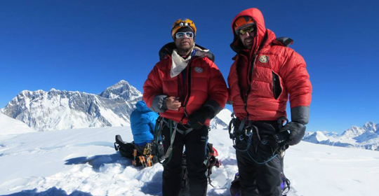 Mt.Ama Dablam Expedition full board with  Island peak 37Day.